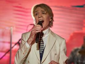 Jeff Duff in Bowie Unzipped Concert