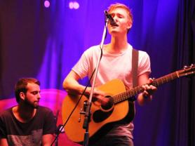 Live Music: Ryan Thomas